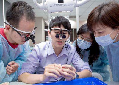 謝勝涵醫師,依德美學團隊,謝牙醫診所,2